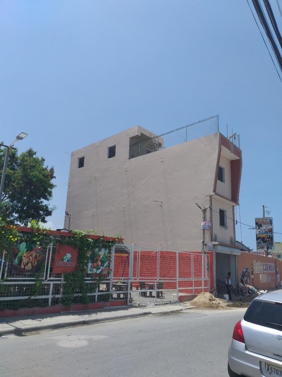 edificio comercial autopista de san iisidro