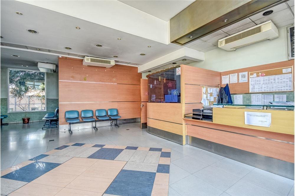 edificio comercial clinica lote triple frente