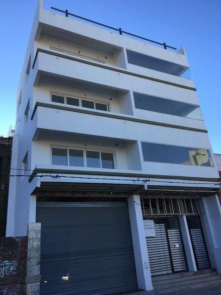 edificio comercial de 1230 mts 2 -lote 10 x 40- la plata
