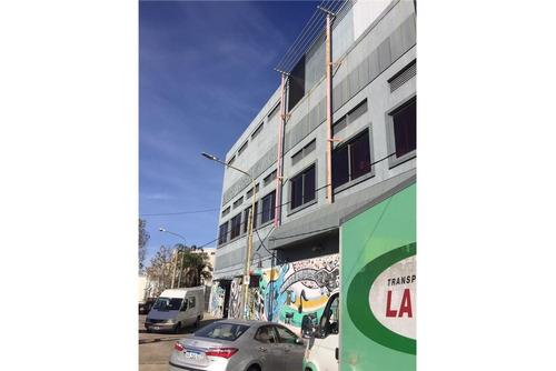 edificio comercial de 4906m2 en 3 plantas