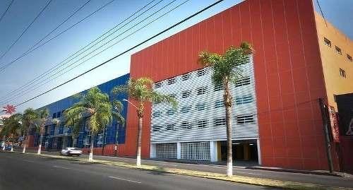edificio comercial de lujo teopanzolco