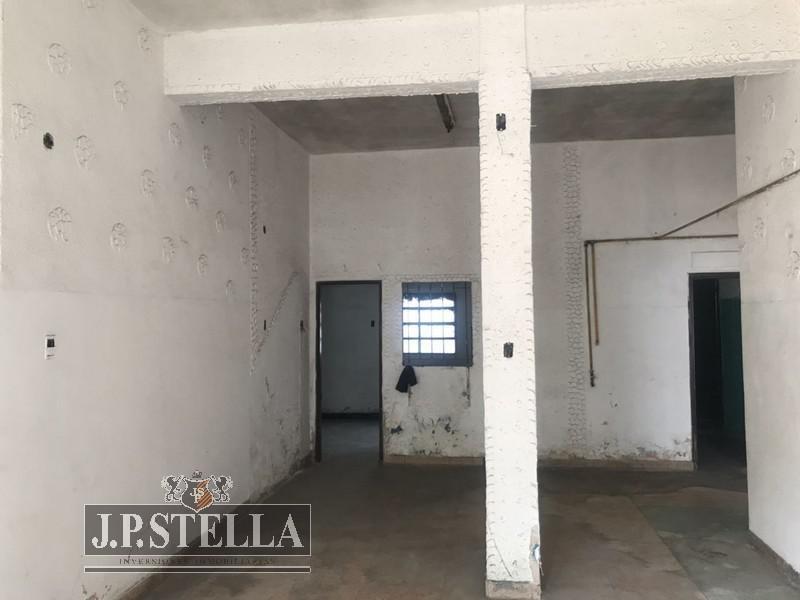 edificio comercial en block - local y 5 deptos - uso comercial - centro (moreno)
