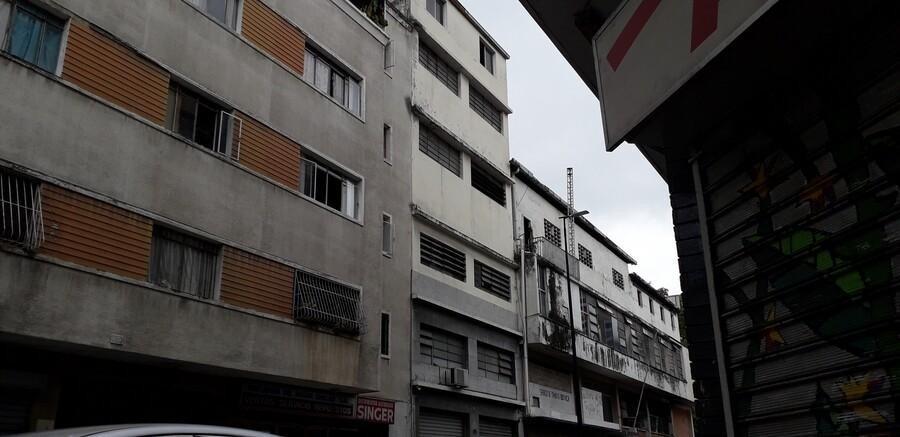 edificio comercial en chacao  mls # 20-5242 linda sahhar