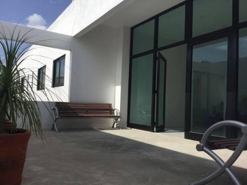 edificio comercial en renta en carretas  //  cov180719-lr