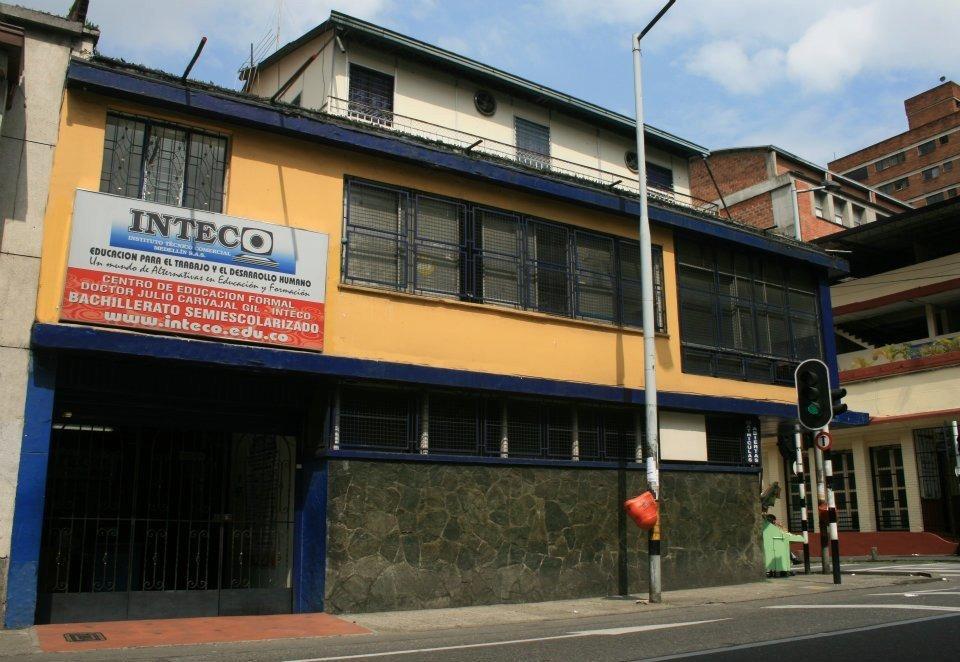 edificio comercial negociable excelente ubicación