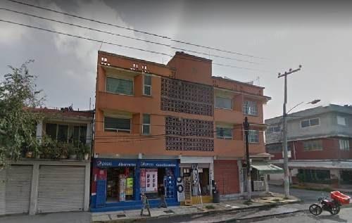 edificio completo  bien ubicado  para negocio