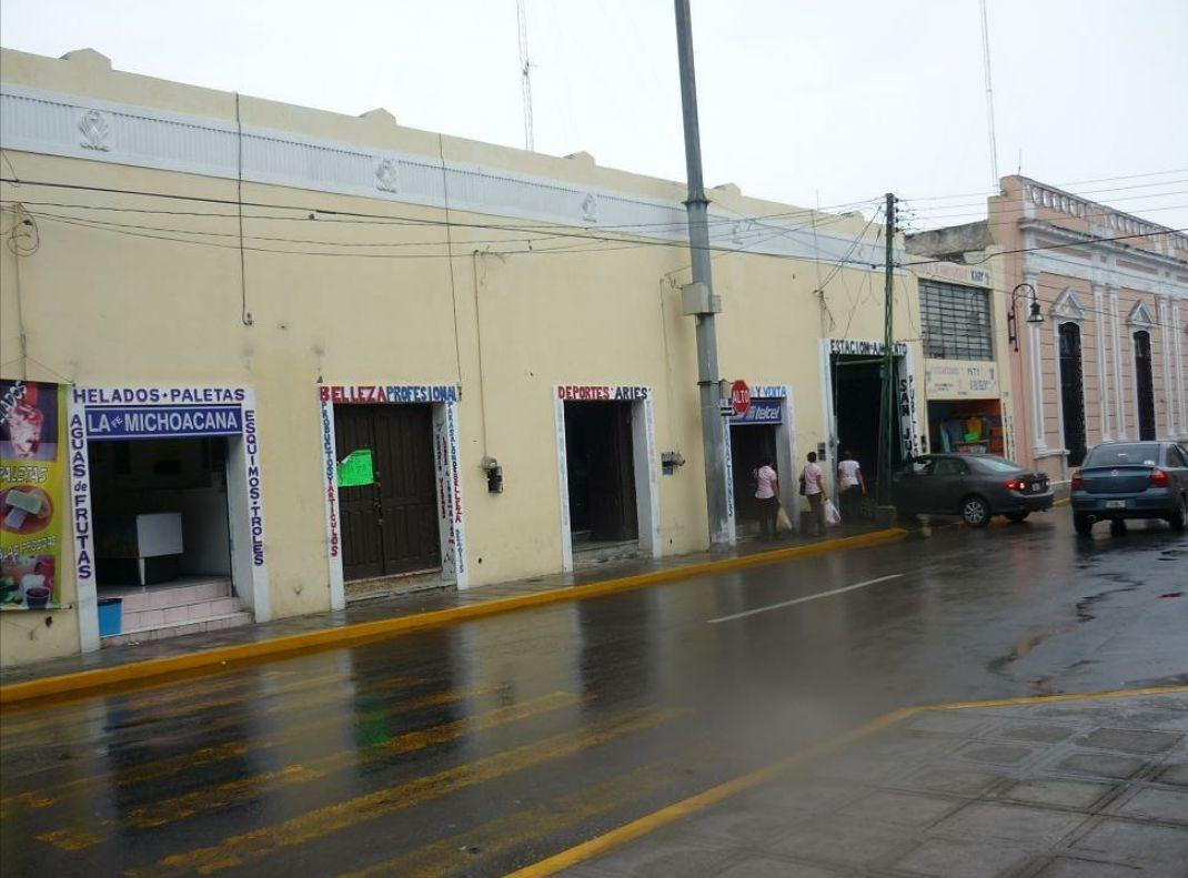 edificio con 4 locales comerciales y aparcamiento
