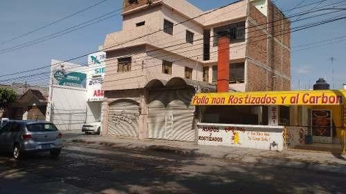 edificio con local comercial y oficinas  en boulevard miguel hidalgo leon gto