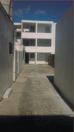 edificio de 11 departamentos y 2 locales excelente ubicacion
