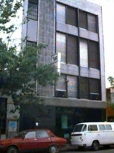 edificio de 3 plantas con subsuelo, 773m2 cub.