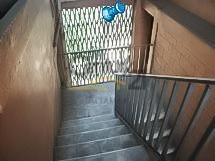 edificio de 4 niveles