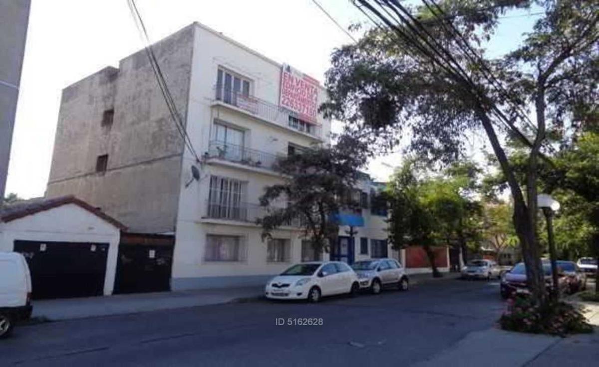 edificio de 4 pisos en sector barrio ita
