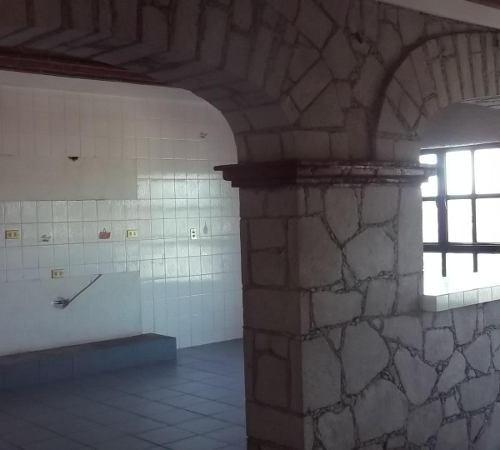 edificio de 4 plantas ideal para oficinas o escuelas