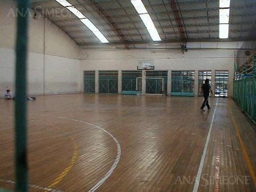 edificio de 6.500 m2, sobre fracción de terreno de 4.500m2