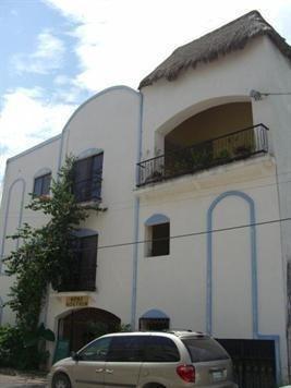 edificio de 8 departamentos en venta en playa del carmen