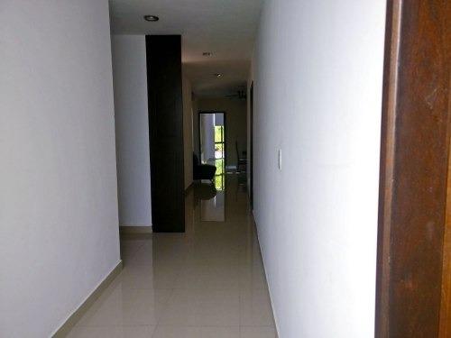 edificio de departamentos en venta en el centro de merida. ideal para inversion en rentas.