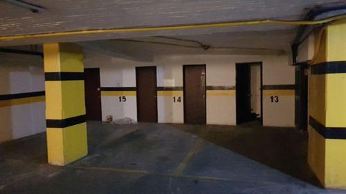 edificio de oficinas en la calle 71