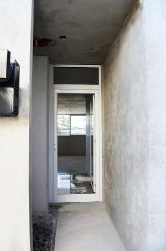 edificio de semipisos de 1 dormitorio