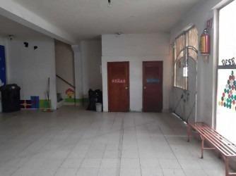 edificio en 3 niveles ideal para escuela, clínica médica u o