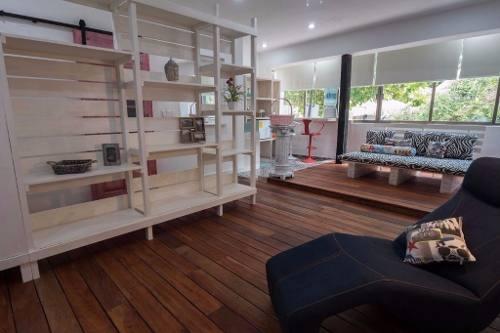 edificio en 5ta av. 2 locales comerciales estudio y pent house p2150