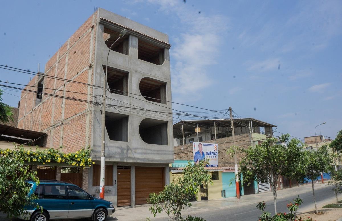 edificio en construcción en zarate