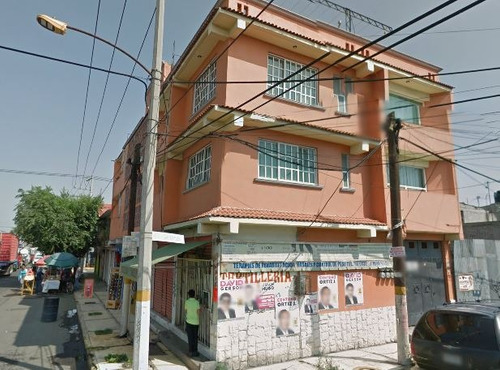 edificio en nezahualcoyotl de remate para invertir