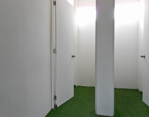 edificio en renta 2do. y 3er.  nivel disponibles.