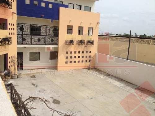 edificio en renta aztlan