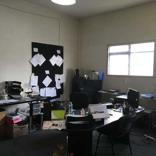 edificio en renta ideal escuela, oficinas, bodega