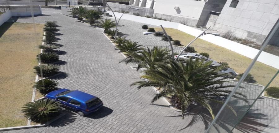 edificio en renta sobre boulevard atlixcáyotl.