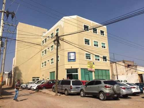 edificio ideal para oficinas o comercio en la psrte de abajo