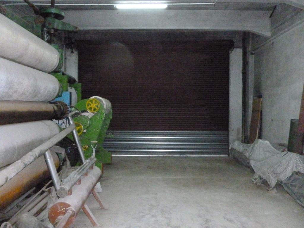 edificio industrial 4.469 m2 cubiertos sobre dos calles