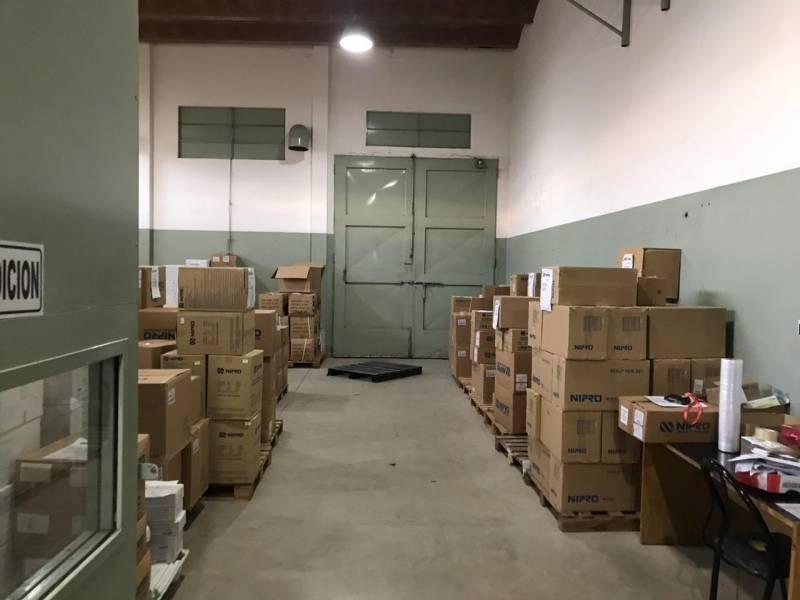 edificio industrial / deposito con oficinas - alquiler