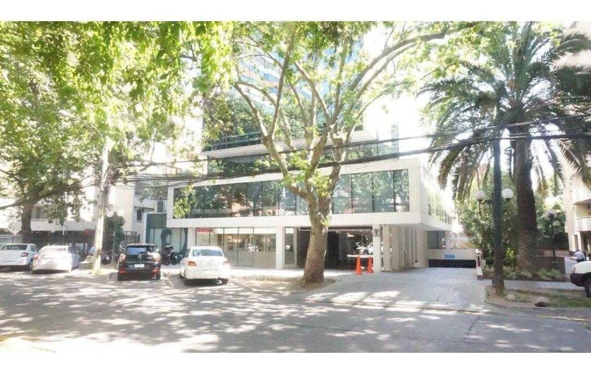 edificio master work / metro pedro de valdivia