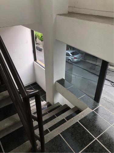 edificio nuevo, 4 niveles