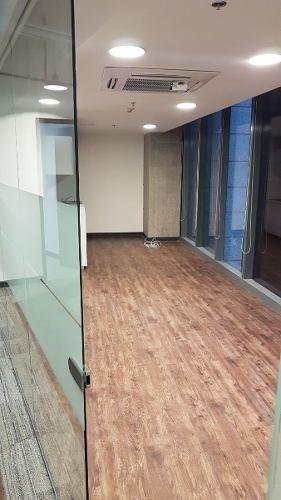 edificio nuevo, acondicionado, piso 18 con 1421 m latino