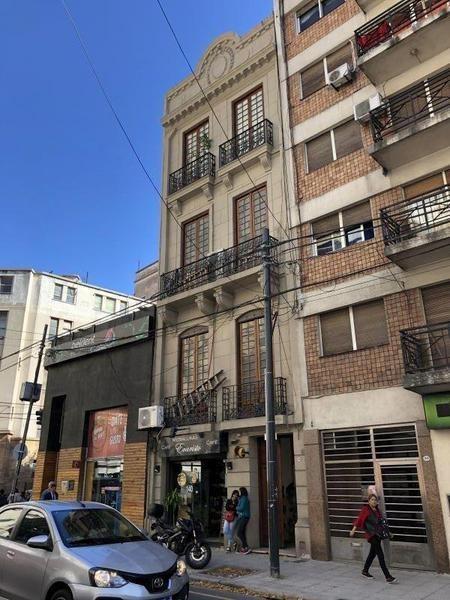 edificio | pres. josã© evaristo uriburu 1008