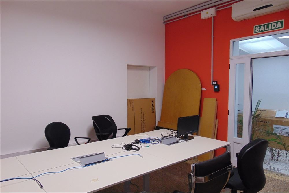 edificio propio de oficinas distrito tecnológico
