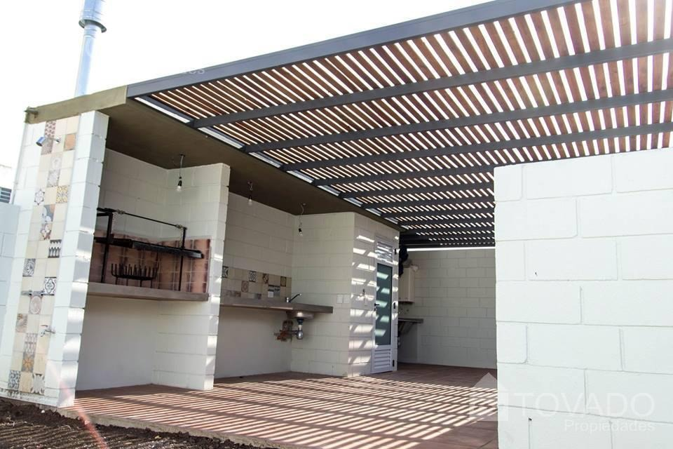 edificio proximo a construirse con unidades ph en venta! 3 ambientes con patio!