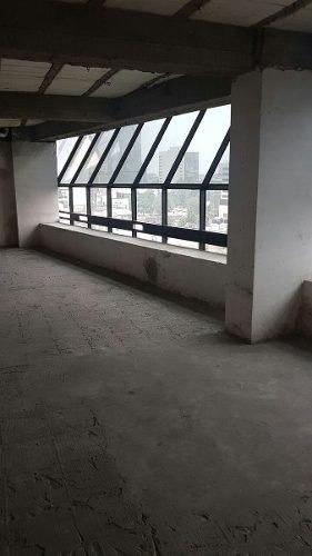 edificio remodelado , piso 1 al 5 con 950 m2 toledo
