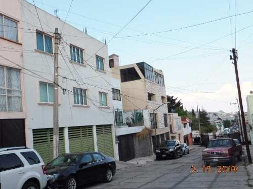 edificio ubicadísimo con potencial de crecimiento