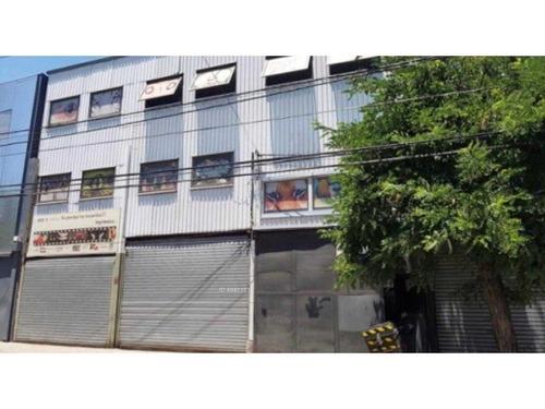 edificio yungay con 2 locales comercial, oficinas y bodega