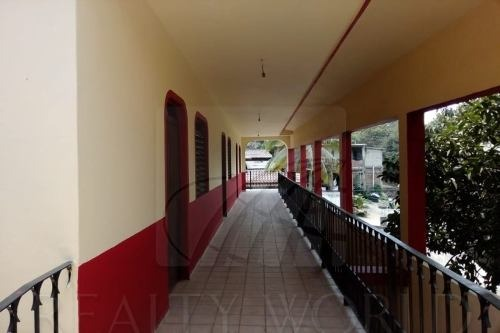 edificios en venta en tapeixtles, manzanillo