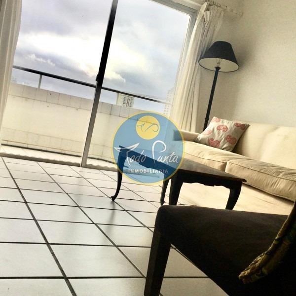 edifico en buena ubicación , con servicios, alquiler anual, venta, punta del este, uruguay- ref: 5588