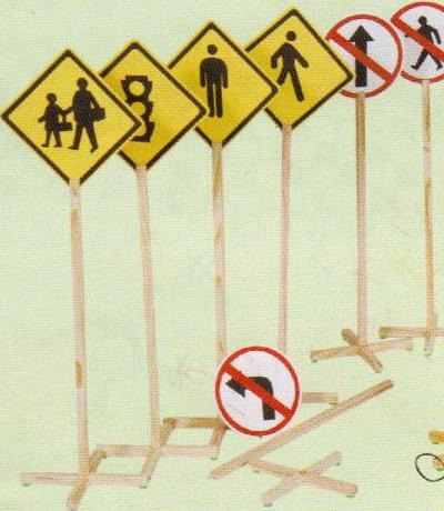 educação de trânsito com semáfaro simples - 706 b bm