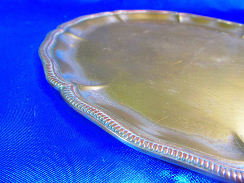 el arcon antigua bandeja plateada 24cm con cuños  7529
