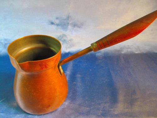 el arcon antigua chocolatera de cobre mango de madera 41051
