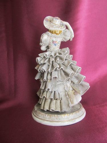 el arcon antigua figura  porcelana dresden? dama antigua