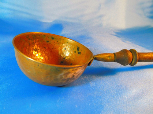 el arcon antiguo cacharro de cobre con mango de madera 52066