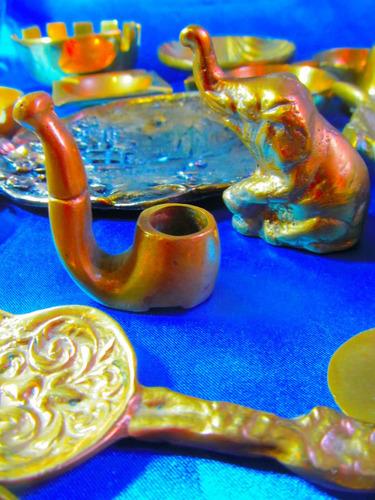 el arcon antiguo cenicero de bronce circular  con asa 4506
